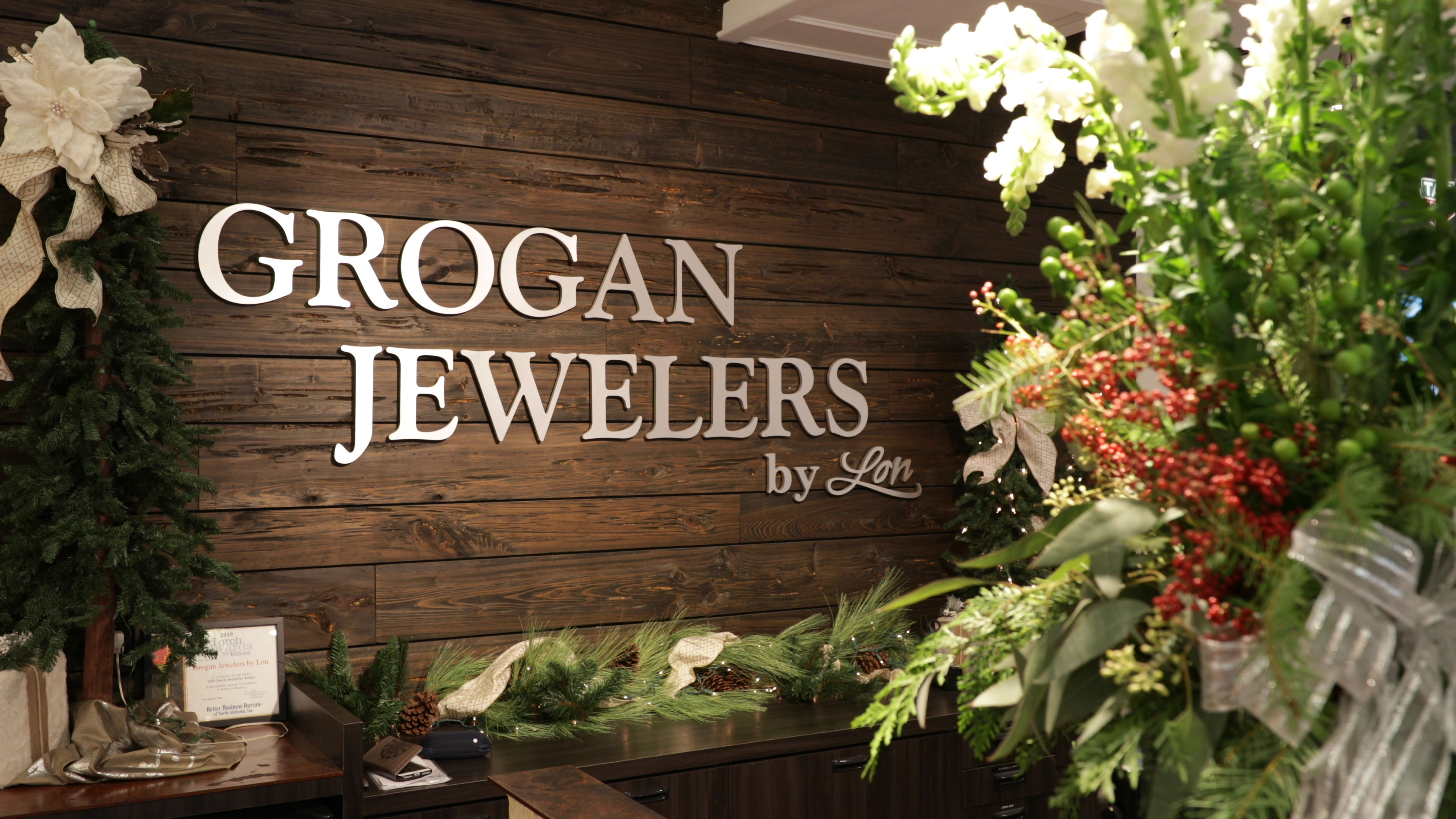 Grogan-Jewelers-Holiday-Gift-Ideas
